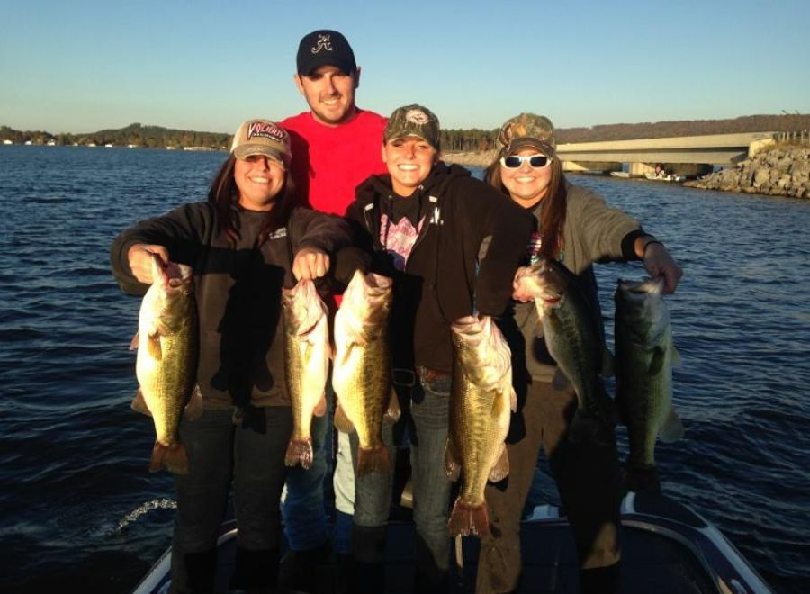 Wheeler guntersville wilson pickwick and lewis smith for Pickwick lake fishing report